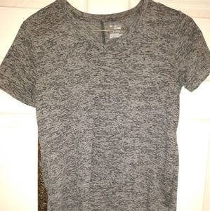 Athletic short sleeve shirt